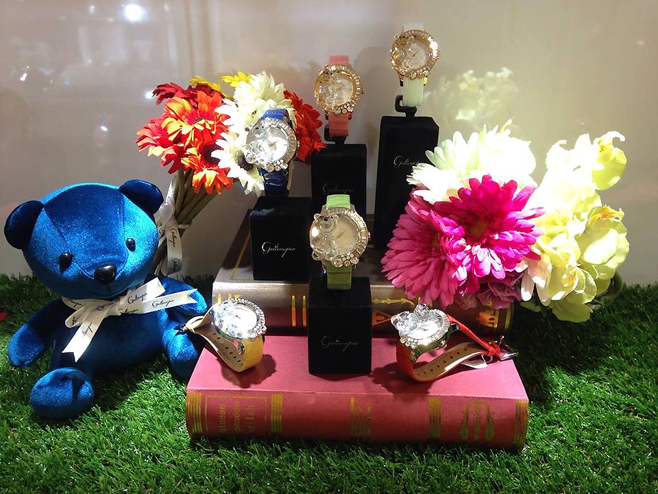 ガルティスコピオ 腕時計