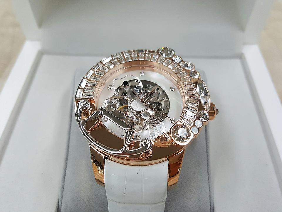 ガルティスコピオの新作時計